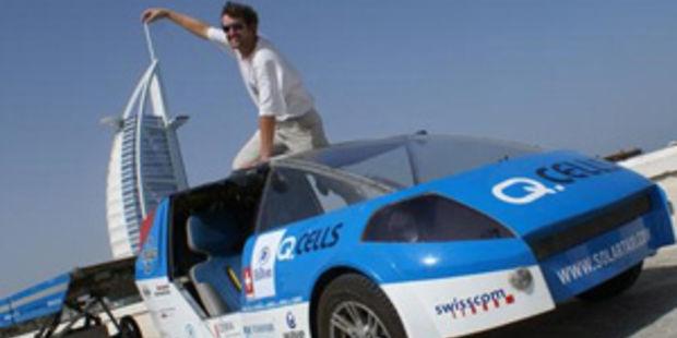 premier tour du monde en voiture solaire